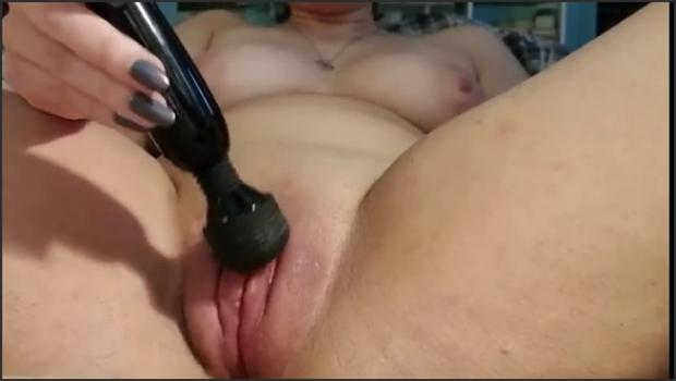 From The Web - Pulsing Puffy Pussy Play