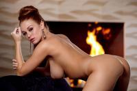 holly_girl-on-fire_leanna-decker_high_0044.jpg