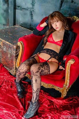 gra_yua-m4125.jpg