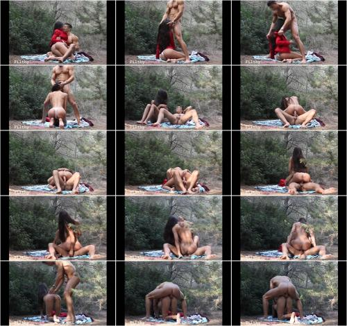 Filthyloove - PUBLIC Sex in the Park . VOYEUR Real Couple [FullHD 1080P]