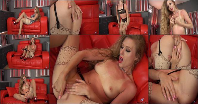 Naughty Blondes Nikki And Tasha Show Their Tight Holes Dvdtrailertube 1
