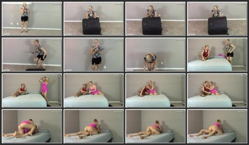 c4s0002_brittanys-sexy-fantasies-step-mommy-seduces-step-son-after-finding-por.jpg