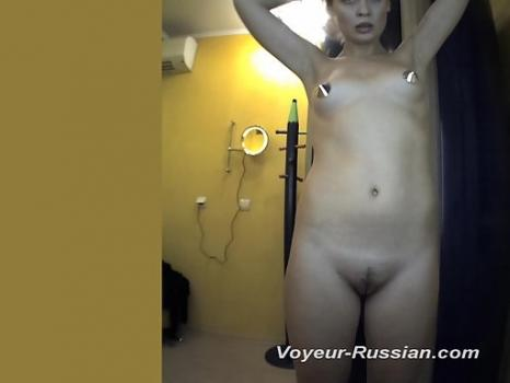 Pv427# The slender blonde with an elastic body completely undressed in front of a mirror. Excellent