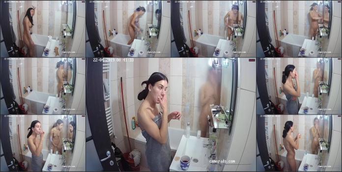 Hot-beautiful-shower_1704613794