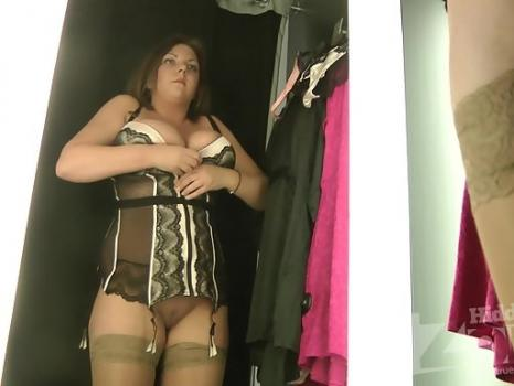 Lo1642# She barely shoved her boobs in corset. She admires itself in a mirror. Her ass is a few ce