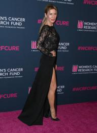 renee-zellweger-women-s-cancer-research-fund-beverly-hills-27-02-2020-1.jpg